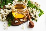 Honey with acacia blossoms - 213325604