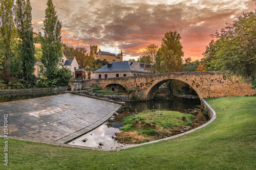 Foto Murales Alcazar and factory of the Currency of Segovia (Spain)