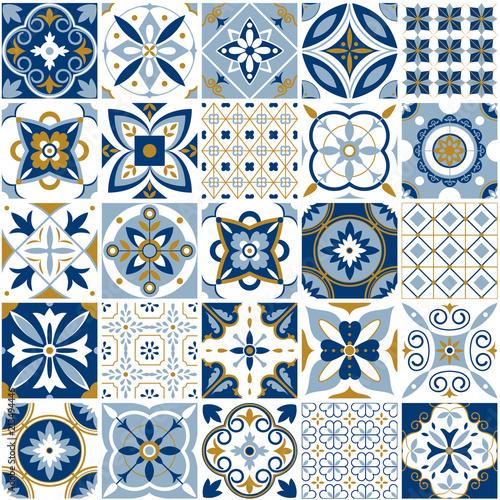 wzor-marokanski-decor-tekstury-plytki-z-niebieskim-ornamentem-tradycyjna-arabska-i-indyjska-garncarstwo-tafluje-bezszwowego-wzoru-wektoru-set