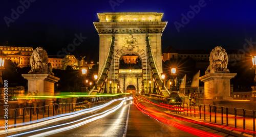 Chaing Bridge Traffic - 213583089
