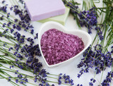 Heart-shaped bowl with sea salt, soap and fresh lavender flowers - 213596894