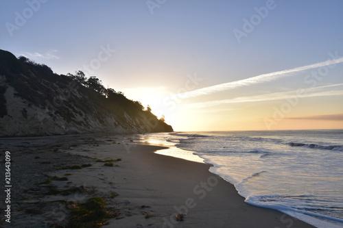 Plexiglas Zonsopgang Clear sunrise on the coast of santa barbara