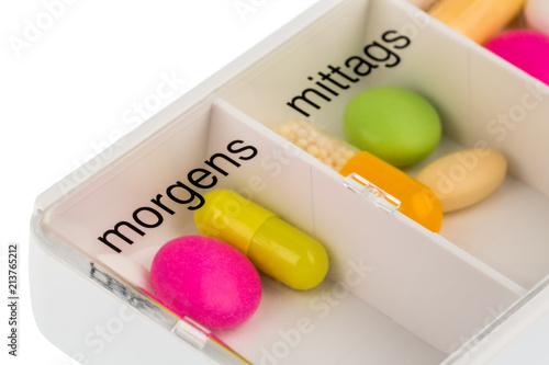 Tabletten in einem Tablettenspender