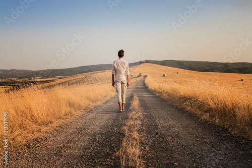 Fotobehang Toscane Lonely road