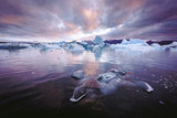 Icebergs in Jokulsarlon glacial lagoon. Vatnajokull National Park, southeast Iceland, Europe. - 213991078
