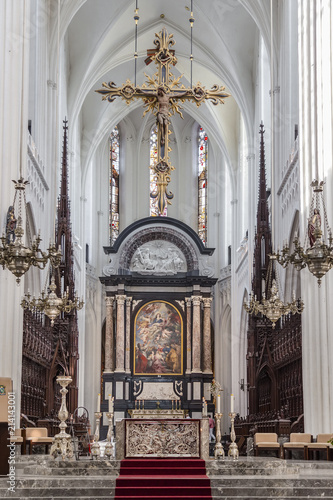 In de dag Antwerpen The altar of the Cathedral of Antwerp Our Lady