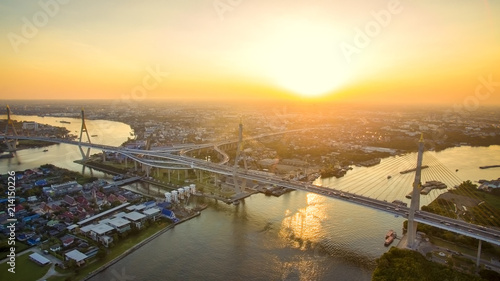 In de dag Bangkok aerial view of bhumibol bridge and chaopraya river in bangkok thailand