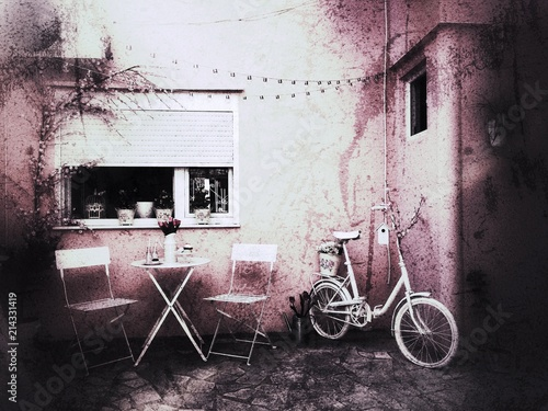 Foto Spatwand Fiets Pastel colors, white bicycle and garden set, pink grunge wals
