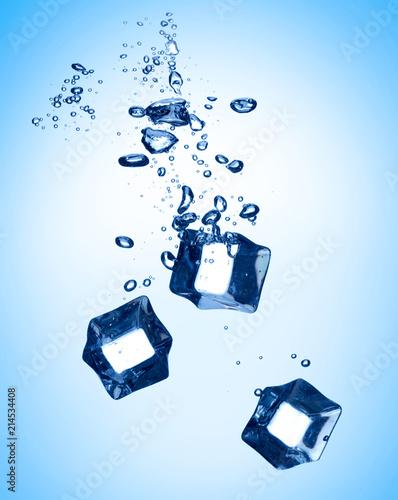 Foto Murales ice cube splash in water cold
