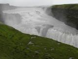Gullfoss - Islands spektakulärster Wasserfall im Regen