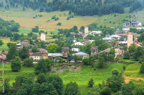 Foto Spatwand Groen blauw beautiful view of the villages of svaneti with medieval towers