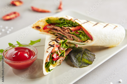 Leinwanddruck Bild Meat Shaverma, Gyro or Doner Kebab with Vegetables