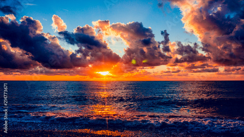 Foto Spatwand Strand Colorful sunset over ocean