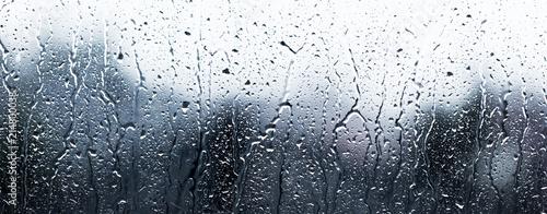 deszczowe dni, krople deszczu na powierzchni okna