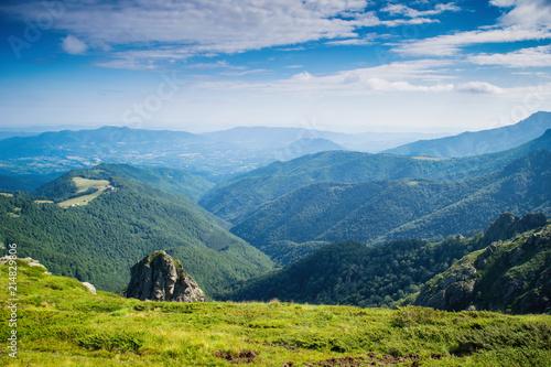 Aluminium Blauwe jeans Central Balkan national park in Bulgaria