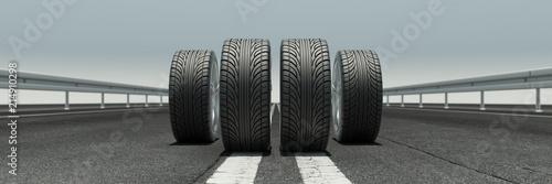 4 Reifen auf Straße als Panorama
