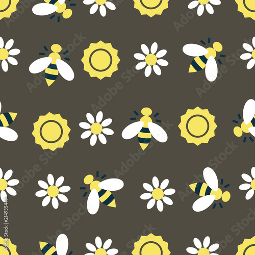 Bee and sun pattern - 214935449