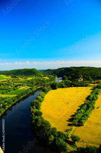 Canvas Blauw View of the River Dordogne as seen from Beynac, France