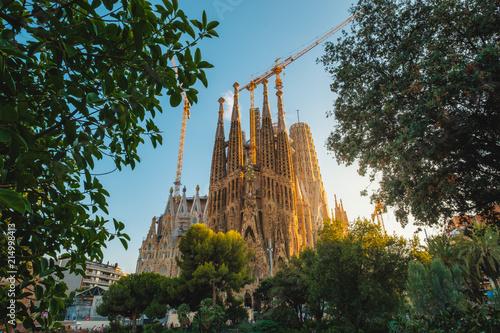 Canvas Barcelona La Sagrada Familia in summer