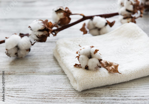 cotton flower and towel - 215197844