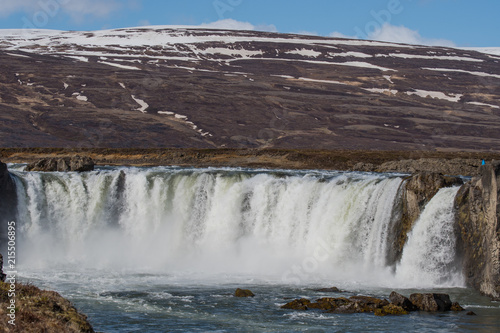 Foto Murales the Godafoss waterfall in Iceland on a spring day