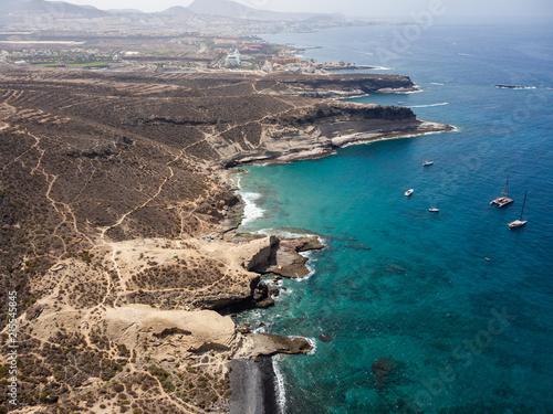Foto Spatwand Groen blauw Aerial view of the south side of the Tenerife Island, including playa de las americas