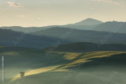 Fotobehang Toscane Sunrise on Tuscany countryside, Italy.