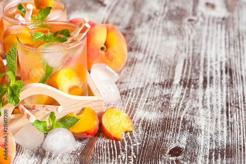 Canvas Sap Peach lemonade background