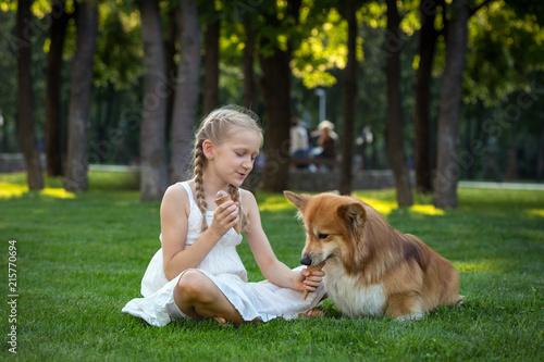Foto Murales girl and dog