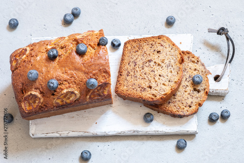 Leinwanddruck Bild banana bread with blueberries