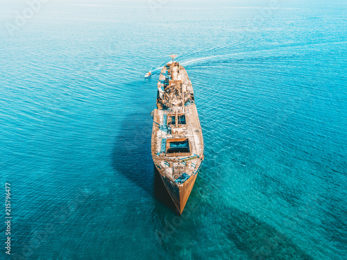 Aluminium Schipbreuk Aerial Drone View Of Old Shipwreck Ghost Ship