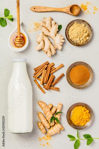 Leinwandbild Motiv Ingredients  for healthy drinks - turmeric tea or golden turmeri