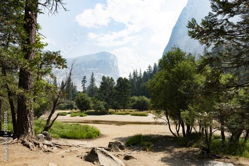 Fotobehang Beige Yosemite valley