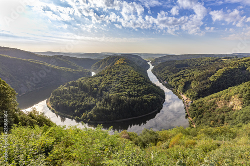 Foto Murales landscape of the Saarland with a view to Saar river bend in Germany