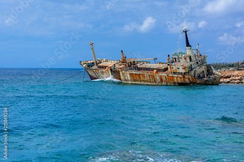 In de dag Schip Wrak statku Edro III, Pegeia, Paphos, Cypr
