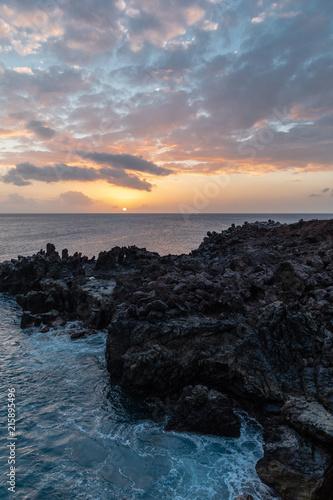 Fotobehang Zee zonsondergang Ascension Island
