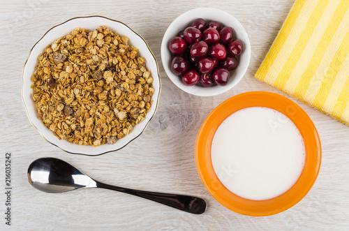 Foto Spatwand Kersen Muesli in bowl, cherry, napkin, spoon, bowl with yogurt