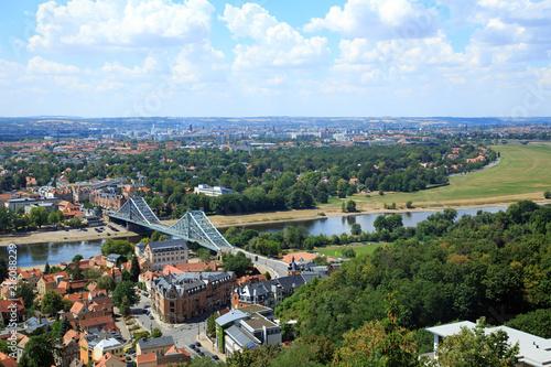 Blick auf die Elbe und das Blaue Wunder, Dresden, Deutschland