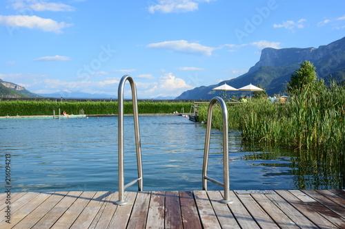 Leinwandbild Motiv Schwimmteich in Südtirol, Naturbad