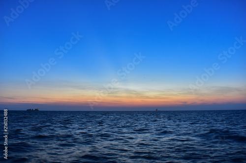 Fotobehang Zee zonsondergang Seascape