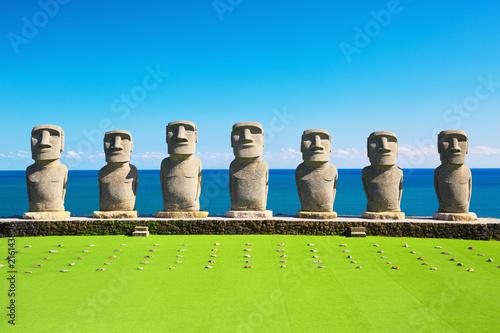 Canvas Blauw Moai statues in Nichinan, Miyazaki, Japan