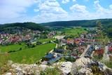 Burgruine 91809 Wellheim und Ausblick auf Wellheim