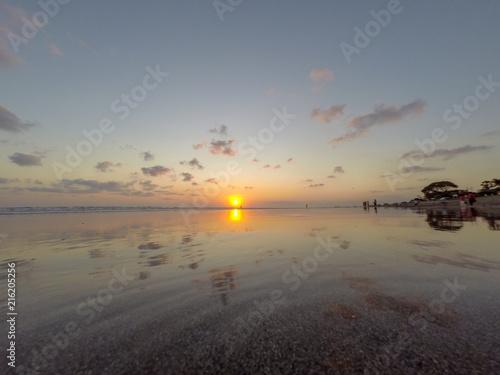 Fotobehang Zee zonsondergang Sunset from the Shallows