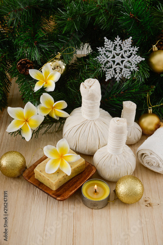 Plexiglas Spa Christmas spa with Composition of spa treatment and wooden background