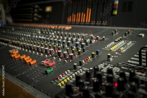 Canvas Berlijn Studio recording mixer,