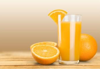 Orange juice and slices of orange © BillionPhotos.com