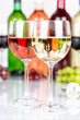 Quadro White wine in a glass alcohol drink grapes portrait format
