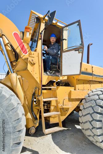 Foto Murales excavators volvo ready for work