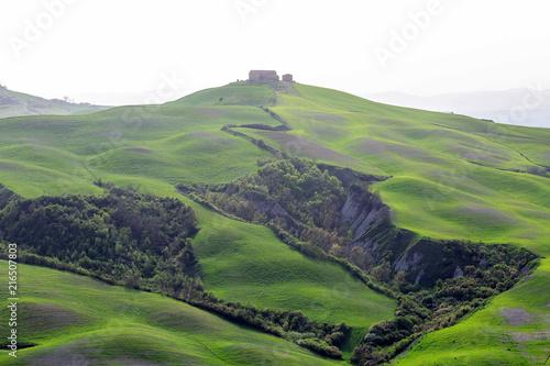 Fotobehang Toscane Green hills of Tuscany