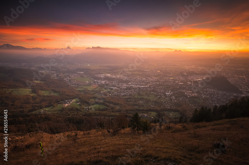 Foto Spatwand Chocoladebruin Stunning sunrise above Salzburg